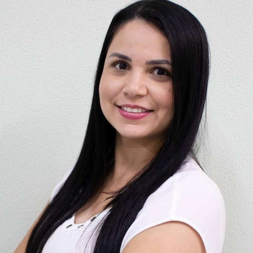 Fernanda Campos